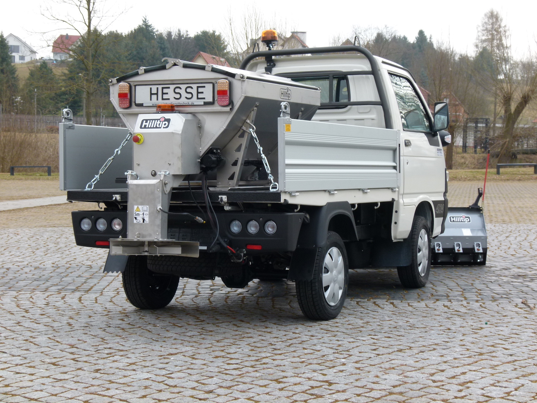 Hilltip-Piaggio-2.JPG