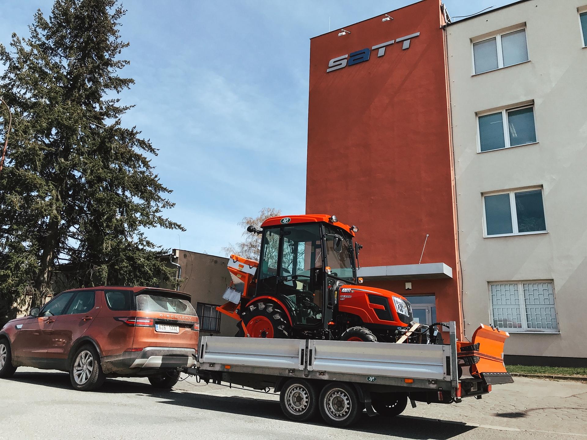 Traktor-Kioti-SATT-Zdar-nad-Sazavou.JPG