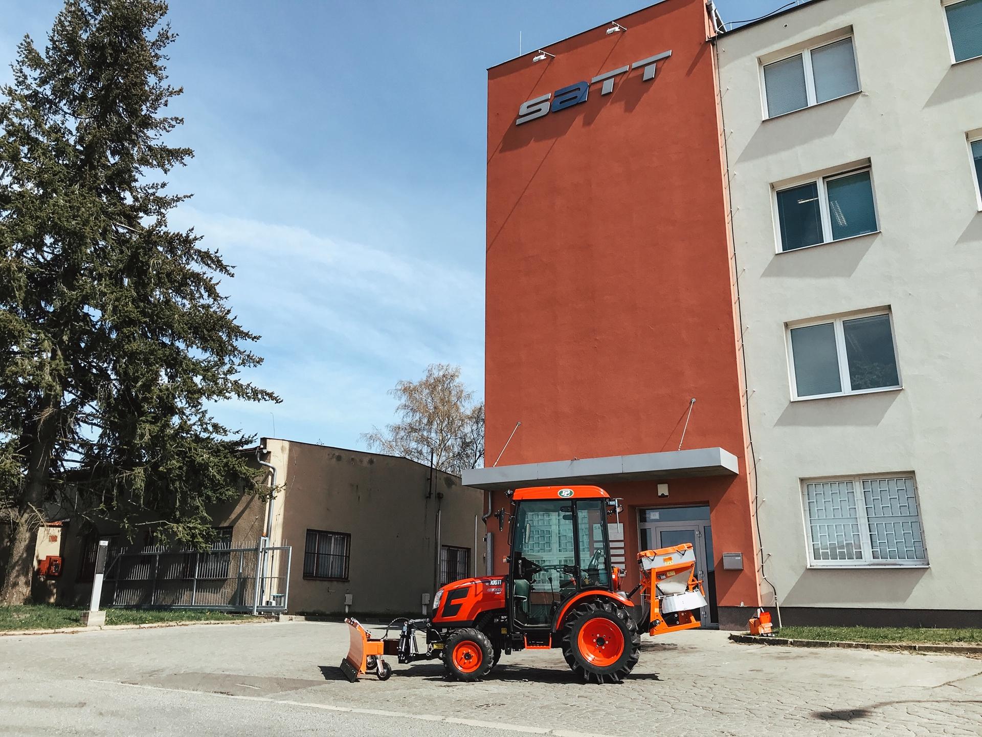Traktor-Kioti-SATT-Zdar-nad-Sazavou-(2).JPG