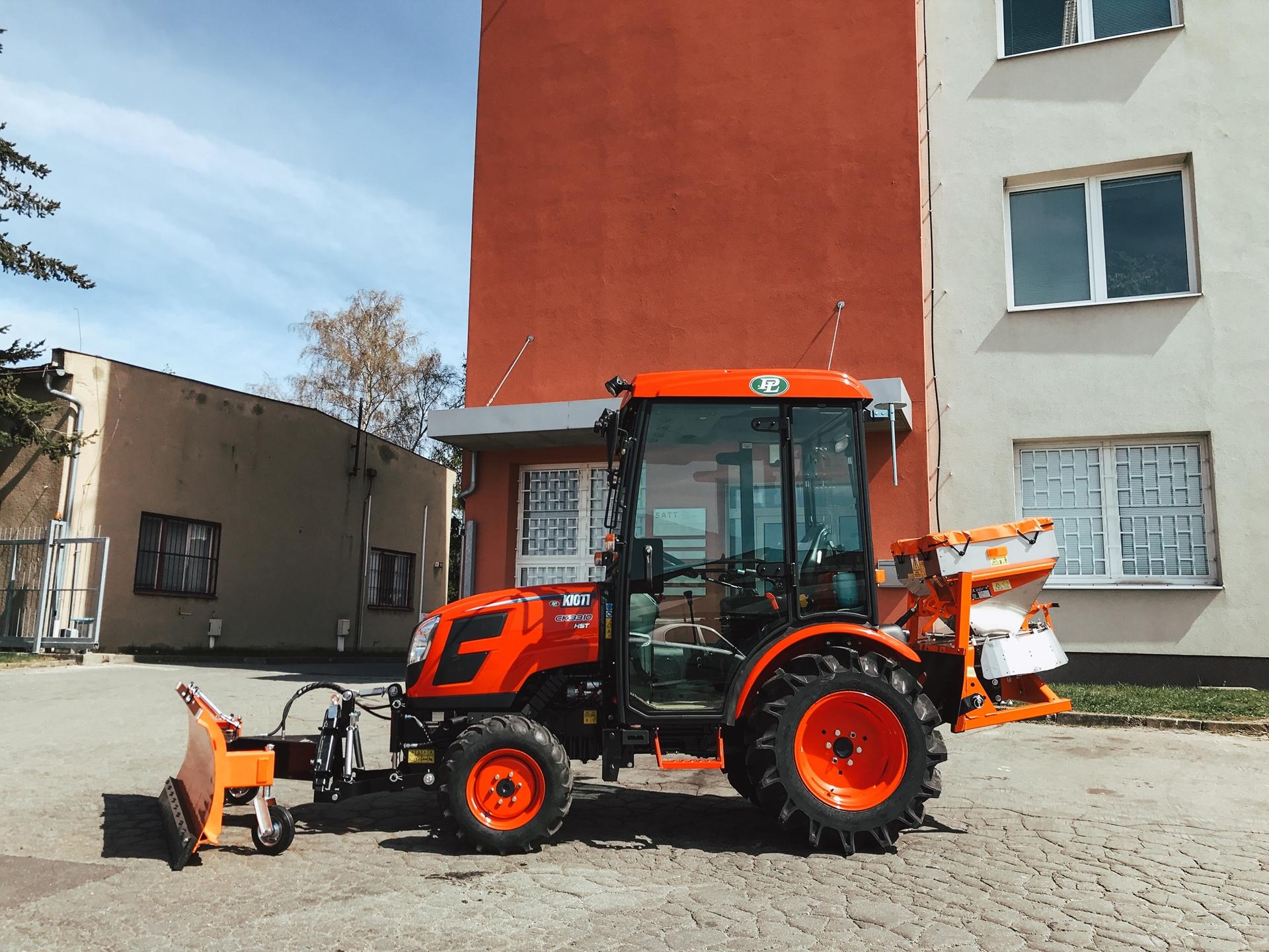 Traktor-Kioti-SATT-Zdar-nad-Sazavou-(3).JPG
