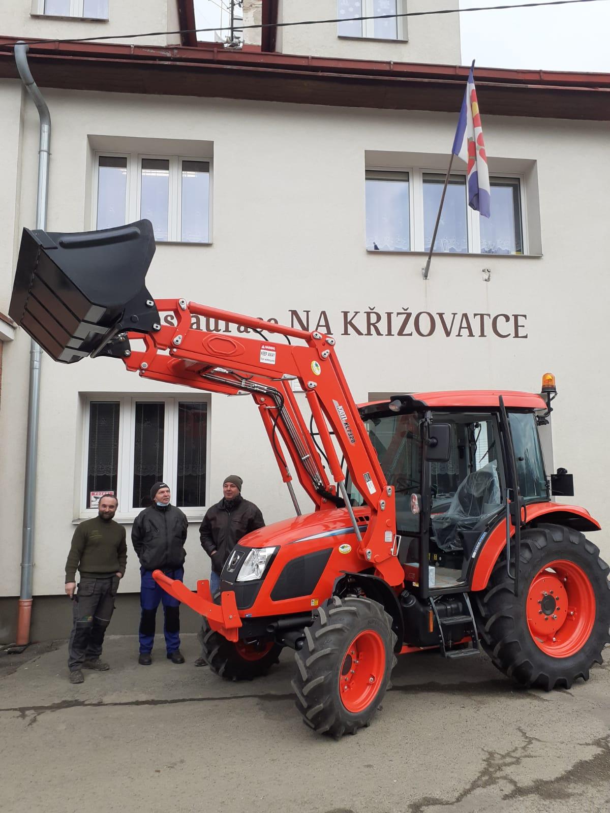 Kioti-RX7330PC-GE-Premium-Ceska-Metuje1.jpeg