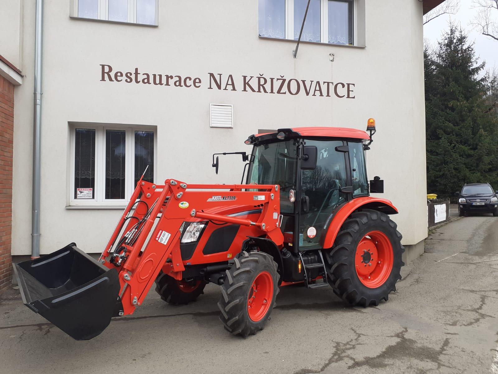 Kioti-RX7330PC-GE-Premium-Ceska-Metuje2.jpeg