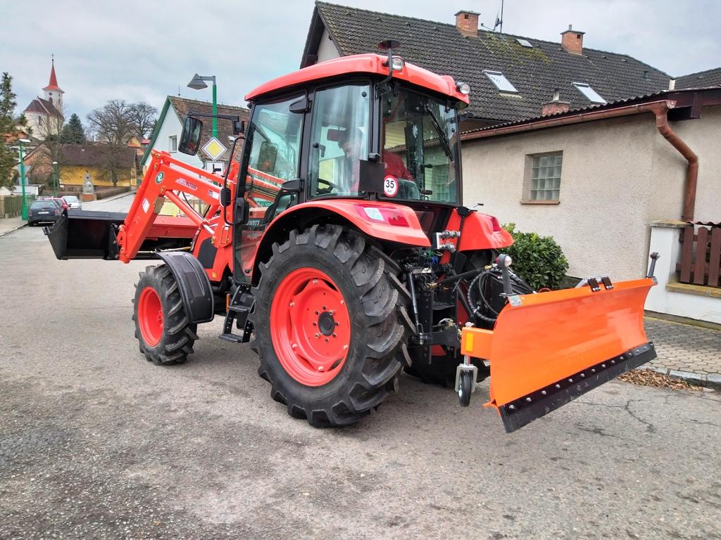Traktor-Kioti-RX-Velichovky.jpg