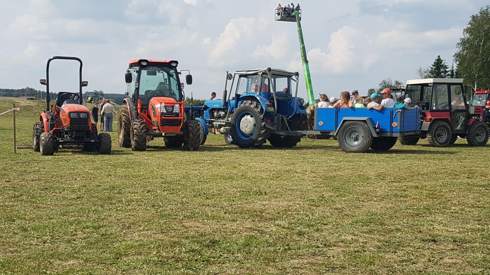 Traktoriada-Heralec-2019.jpeg