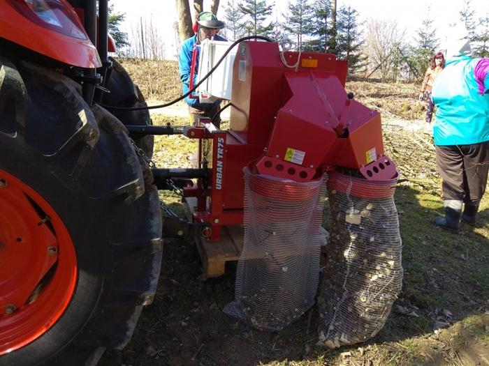 Kioti-traktor-spepkovac-Lopenik.jpg