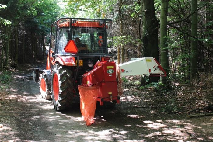 Traktor-Kioti-Lopenik-stepkovac.jpg