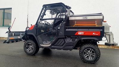 Kioti-K9-s-Hilltip-nastavbou-na-zimu.jpg