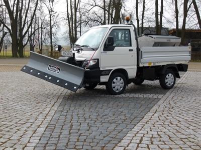 Winterdienstfahrzeuge_Piaggio_Porter_4x4_SnowStriker_Modell_2018_Hesse_Winterdiensttechnik12.JPG