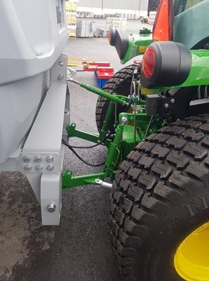 Traktor-600l-(1).jpeg