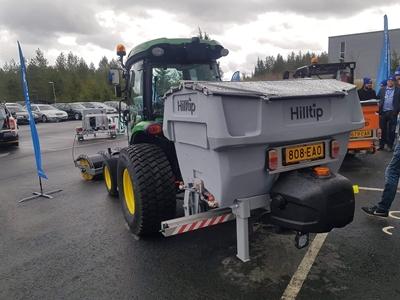 Traktor-600l.jpeg