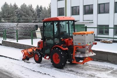 Kioti-CK2810-zimni-set.JPG