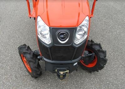 Traktor-Kioti-CS2220.JPG