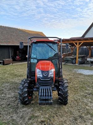 Traktor-Kioti-DK5010HS-s-kabinou-s-lesni-nastavbou-(2).jpg
