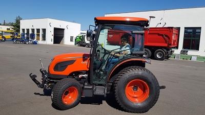 Traktor-Kioti-DK6010CH.jpg