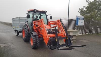 Traktor-Kioti-DK6010CH-povodi-moravy-vodni-dilo-mostiste.jpg