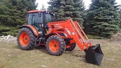 Traktor-Kioti-PX1053PC-celni-nakladac.jpg